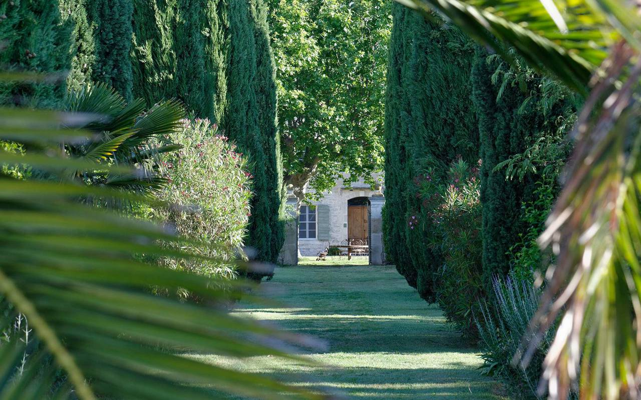 cypress Provence garden lodge