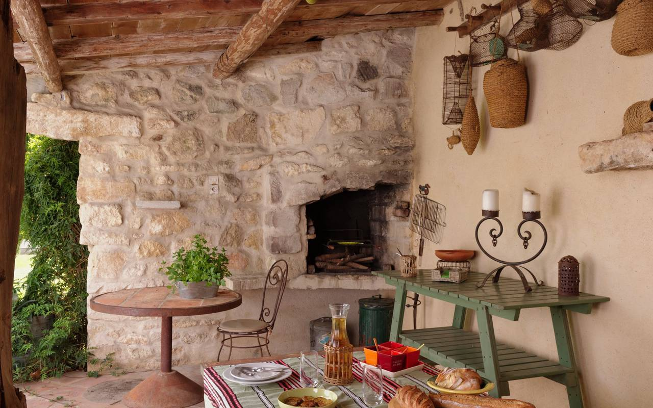 barbecue traditionnel provencal